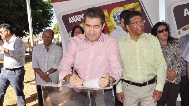 Prefeito João Gomes: ações da prefeitura em prol do bem-estar da comunidade