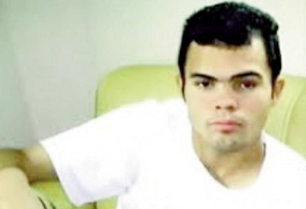 Champinha, que antes de assassinar um casal de namorados, estuprou a menina várias vezes: um menor assim tem recuperação?
