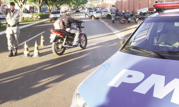 Mesmo com policiamento ostensivo nas ruas, a criminalidade tem aumentado em Goiás Foto: Milton Cury