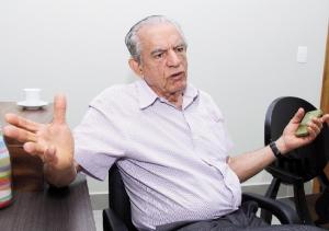 Ao que tudo indica, ex-prefeito Iris Rezende (PMDB) é o pai da dívida, mas foi o atual administrador Paulo Garcia  (PT) quem estimulou seu desenvolvimento   Fernando Leite/Jornal Opção