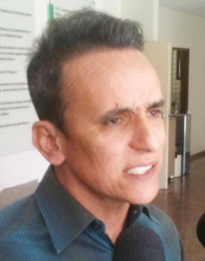 Zander Fábio quer mais discussão