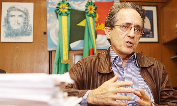 Ex-deputado Aldo Arantes: divulgando para todo Brasil a proposta de reforma política da OAB e mais 100 entidades