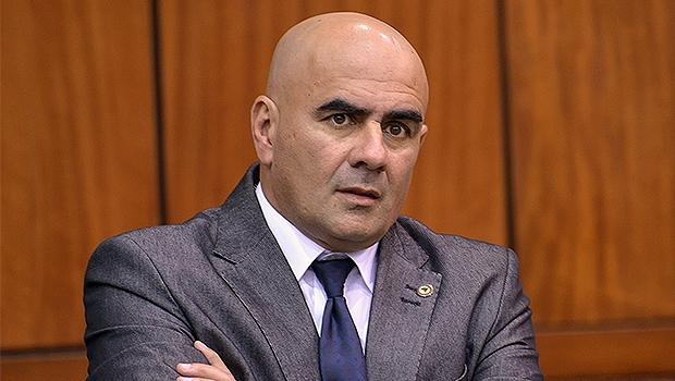 Paulo Cezar sugeriu que seu partido pare de pensar apenas em cargos no Paço Municipal, inclusive ele mesmo   Foto: Y. Maeda/Assembleia Legislativa