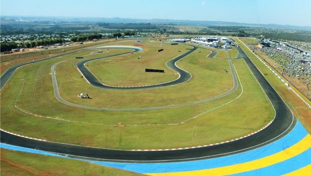 Autódromo de Goiânia: nada de Ary, continua Senna | Foto: Agetop
