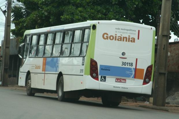 Ônibus do transporte coletivo de Goiânia: valor subiu 50 centavos