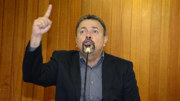 Vereador Elias Vaz diz que secretária desrespeitou sua inteligência e vai cobrar resposta nesta segunda-feira (17/5) | Foto: Antônio Silva