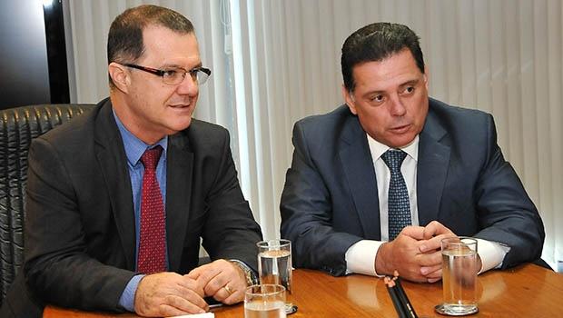 Gabas (à esquerda) disse ao governador que a União toma mediddas para manter sustentabilidade da previdência