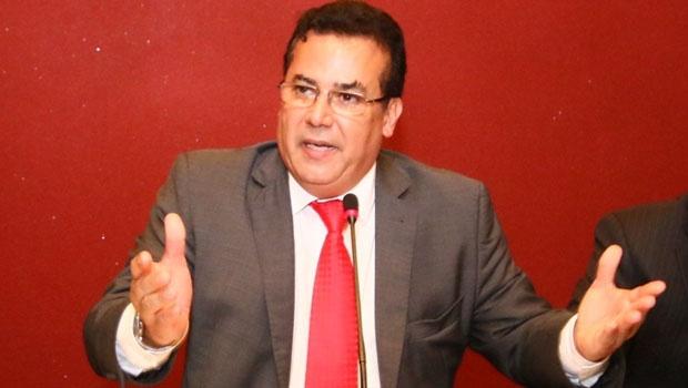 Presidente e candidato à reeleição, Enil Henrique   Foto: Fernando Leite/Jornal Opção