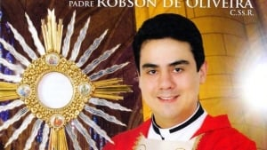 Padre Robson de Oliveira padre-robson-de-oliveira.lf