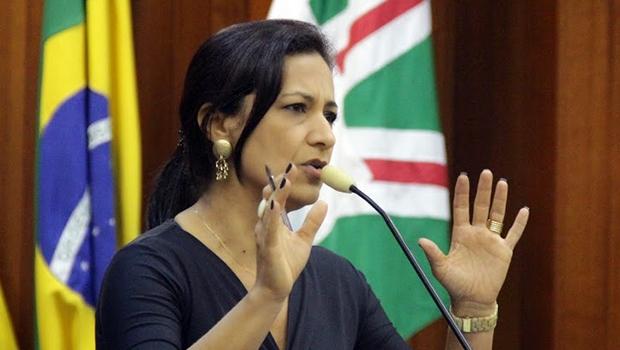 Vereadora Célia Valadão (PMDB) é autora do projeto de lei aprovado em plenário   Alberto Maia/Câmara de Goiânia