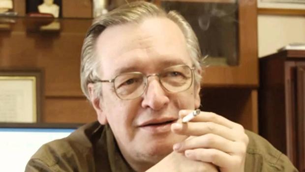 Olavo de Carvalho: filósofo é um intelectual expoente do conservadorismo