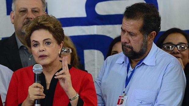 Presidente Dilma no encontro do PDT: sem admitir culpa pela crise   Foto: Antonio Cruz/ABr