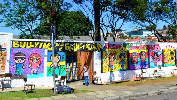Escola de Curitiba promove ação contra bullying: nova lei cobra das instituições de ensino medidas preventivas e de punição   Foto: SMCS
