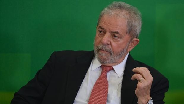 Lula durante cerimônia de posse como ministro-chefe da Casa Civil   Foto: José Cruz / Agência Brasil
