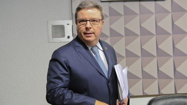 Relator da Comissão do Impeachment, senador Antônio Anastasia   Foto: Marcos Oliveira/Agência Senado