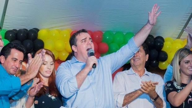 Gustavo Mendanha no evento de lançamento da pré-candidatura para prefeito de Aparecida de Goiânia   Foto: Divulgação/Facebook/ Rodrigo Estrela