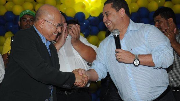 Professor Alcides e coronel Silvio