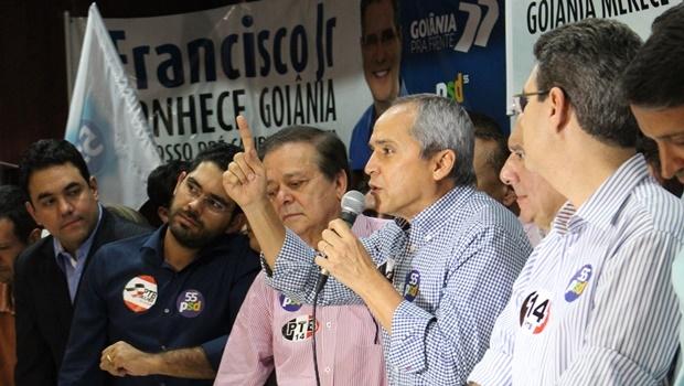 Luiz Bittencourt durante convenção em que PSD e PTB sacramentaram aliança para eleição municipal | Foto: Bruna Aidar/ Jornal Opção