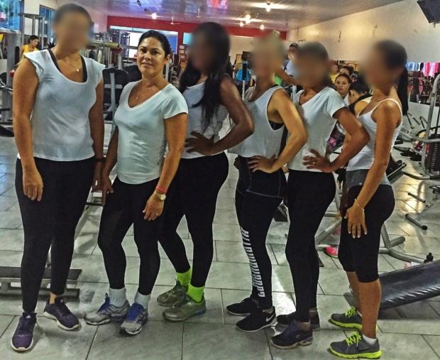 Maria Lúcia Moura Barbosa em sua academia: mulher do candidato Nick Barbosa mostra boa forma aos 58 anos