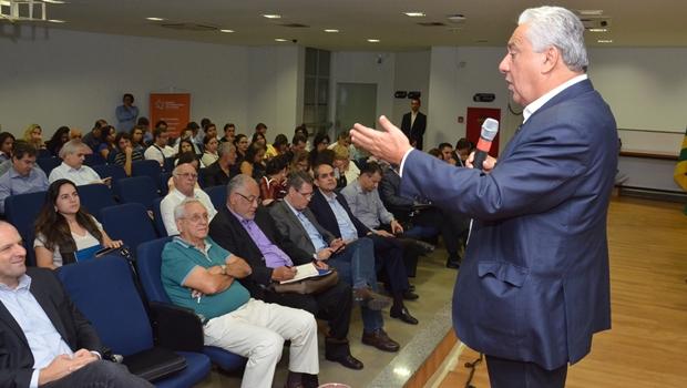 Secretário Vilmar Rocha ressaltou importância do diálogo com municípios | Foto: Comunicação Setorial da Secima