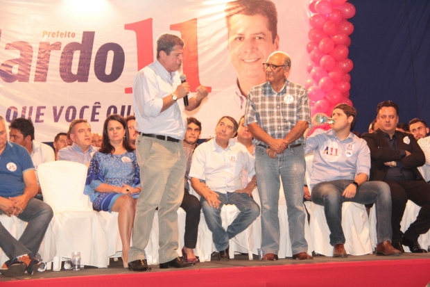 Abelardo Vaz 45