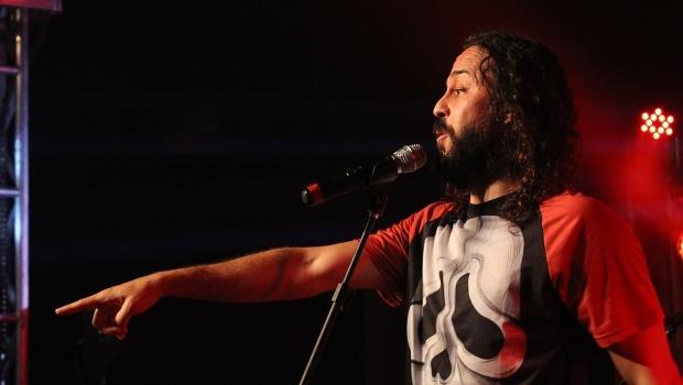 Gabriel o Pensador fecha o Vaca Amarela com Teatro Yguá lotado | Foto: Bruna Aidar/ Jornal Opção