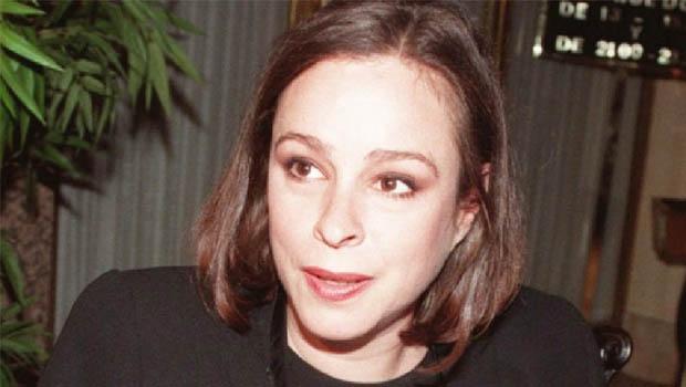 Alina Fernández Revuelta, filha de Fidel Castro, posou nua para a Playboy, mas o editor Ricardo Setti não quis publicar as fotografias, alegando que a jovem havia ficado carrancuda