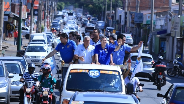 Francisco Jr. e Vilmar Rocha em carreata | Foto: Rafael Batista