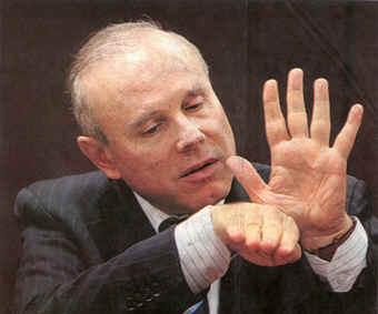 Guido Mantegra: como sugere a mão, 5 milhões para pagar dívida de campanha do PT