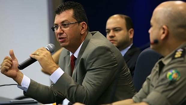 Titular da Delegacia Estadual de Investigações de Homicídios (DIH), Douglas Pedrosa, durante balanço | Foto: Wildes Barbosa
