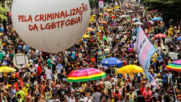 Supremo decide criminalizar a homofobia como forma de racismo