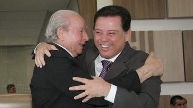 Assembleia de Deus dá tratamento vip ao governador Marconi Perillo