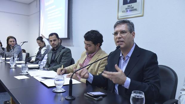 PSD fecha aliança conservadora entre católicos e evangélicos em Goiânia
