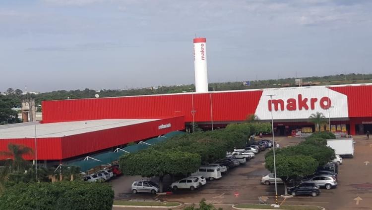 Carrefour negocia aquisição da rede Makro por 5 bilhões de reais