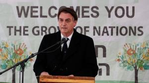 Bolsonaro volta de Israel e diz que 'vai jogar pesado' pela Previdência