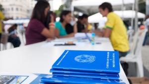 IEL em Ação oferta mais de 800 vagas de emprego em evento nesta sexta-feira