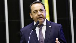 Adriano do Baldy defende reforma Tributária que caiba no bolso do empresário