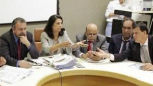 CCJ contraria prefeito e inclui retroatividade em projeto da data-base