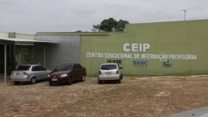 Jovem envolvido em estupro coletivo é morto em centro de detenção