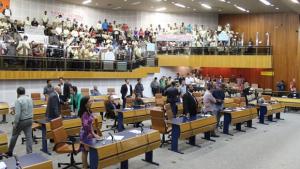 Vereadores aprovam venda de seis áreas públicas para quitar dívida da prefeitura