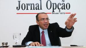 """""""PMDB não quer o impeachment. Vai aprovar o parlamentarismo"""", diz presidente do PHS"""