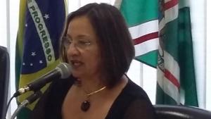 Neyde Aparecida culpa Controladoria e não apresenta, de novo, dados da merenda escolar