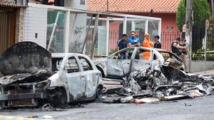 Avião de pequeno porte cai em Belo Horizonte e deixa três vitimas fatais