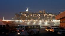 Coronavírus: Terceiro grupo deixa cruzeiro Diamond Princess, no Japão