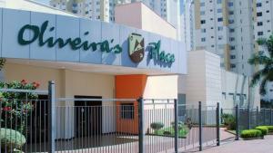 Juiz determina interdição do Oliveira's Place