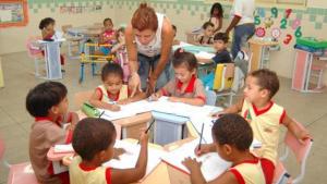 Após comprovação de déficit, MP e Prefeitura firmam acordo que prevê aumento de vagas na educação