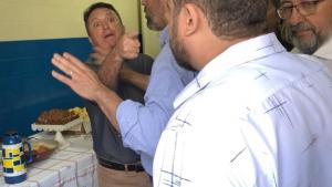 Prefeito e vereador se desentendem durante visita do secretário a Caldas Novas