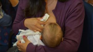 Teste da linguinha em recém-nascidos passa a ser obrigatório em todo o país