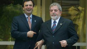 """Revista """"Veja"""" diz que Aécio Neves vai ser preso hoje. Mas Edson Fachin não autoriza prisão"""