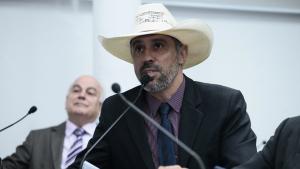 """""""Reforma administrativa está sendo mal interpretada"""" diz Amauri Ribeiro"""